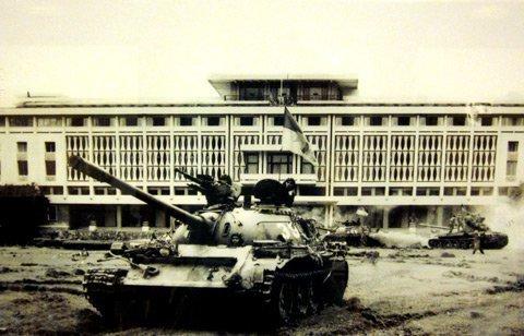 Xem Sai Gon Giải Phong Cach đay 37 Năm